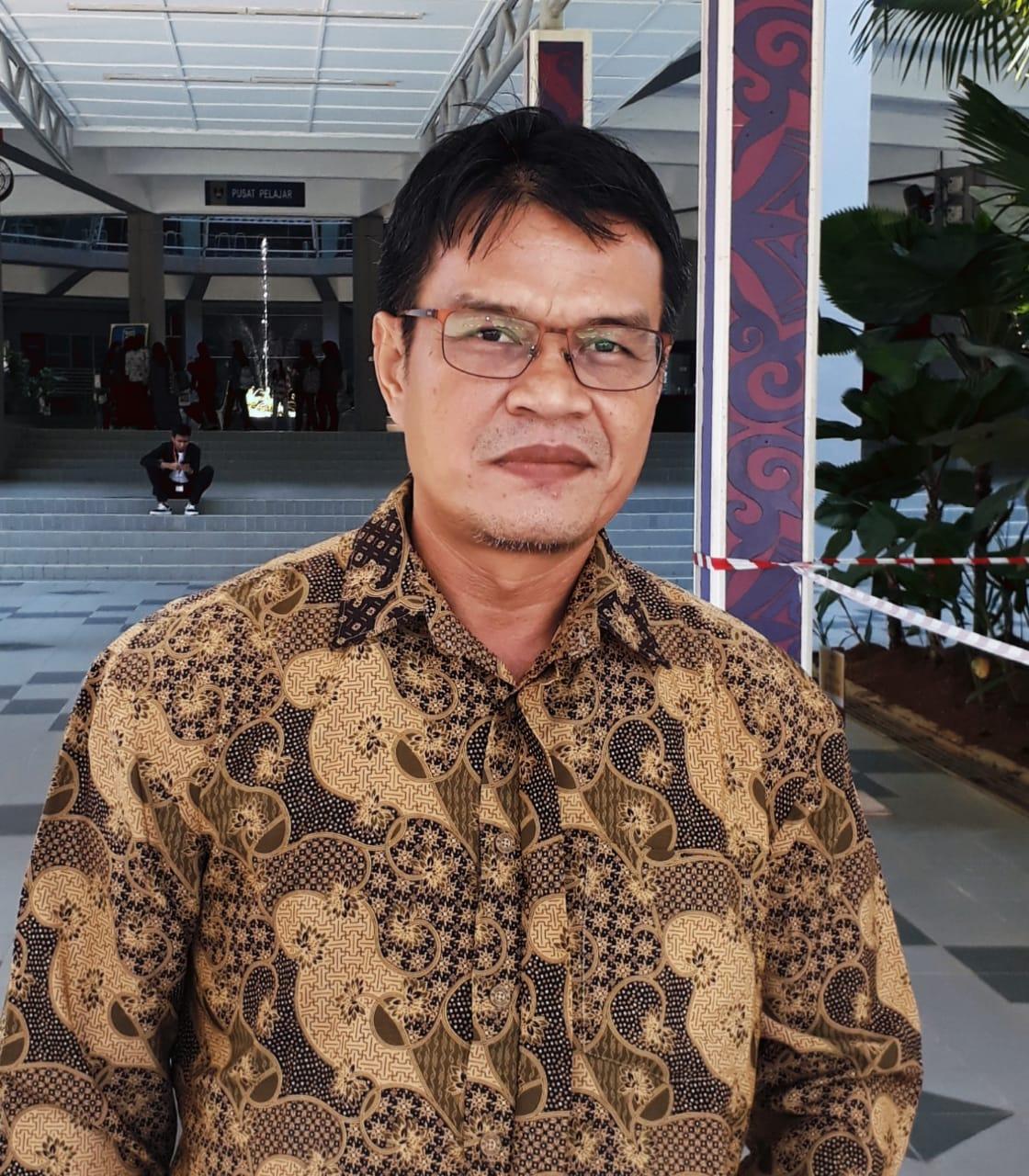 Dr. H. Arnadi, M.Pd.